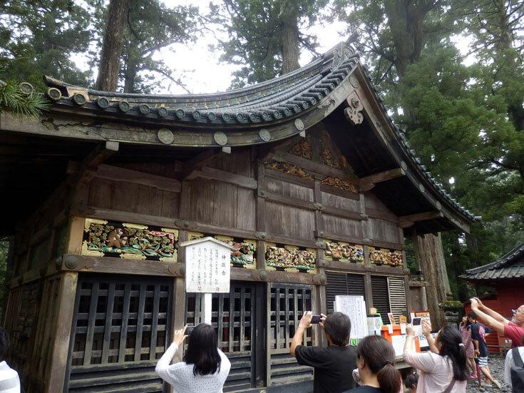 栃木県日光旅行日光東照宮神厩舎三猿