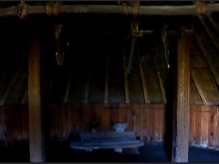 静岡県静岡市の旅行登呂遺跡竪穴式住居
