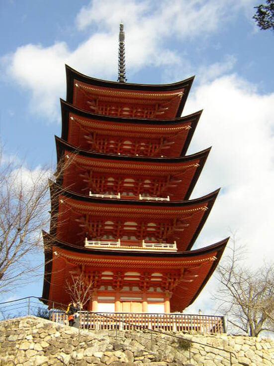 広島県旅行観光宮島厳島神社五重塔